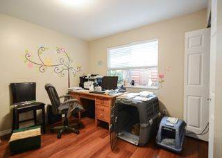 Photo 4: 33593 2ND Avenue in Mission: Mission BC 1/2 Duplex for sale : MLS®# R2056501