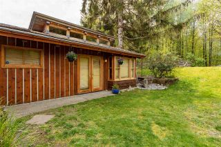 Photo 30: 1434 MAPLE Crescent in Squamish: Brackendale House for sale : MLS®# R2574059