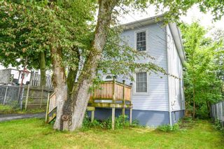 Photo 2: 14 Grove Street in Dartmouth: 10-Dartmouth Downtown To Burnside Residential for sale (Halifax-Dartmouth)  : MLS®# 202118544