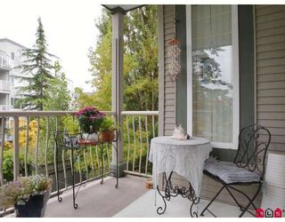 """Photo 10: 203 5475 201ST Street in Langley: Langley City Condo for sale in """"HERITAGE PARK"""" : MLS®# F2826835"""
