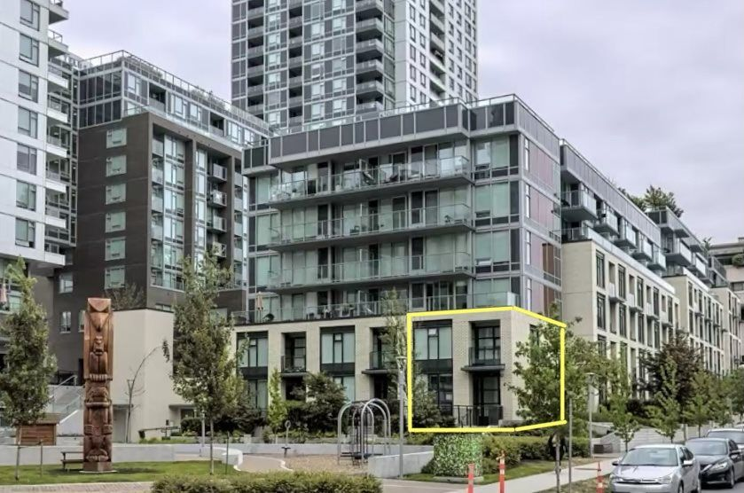 """Main Photo: 5516 ORMIDALE Street in Vancouver: Collingwood VE Townhouse for sale in """"The Gardens"""" (Vancouver East)  : MLS®# R2544241"""