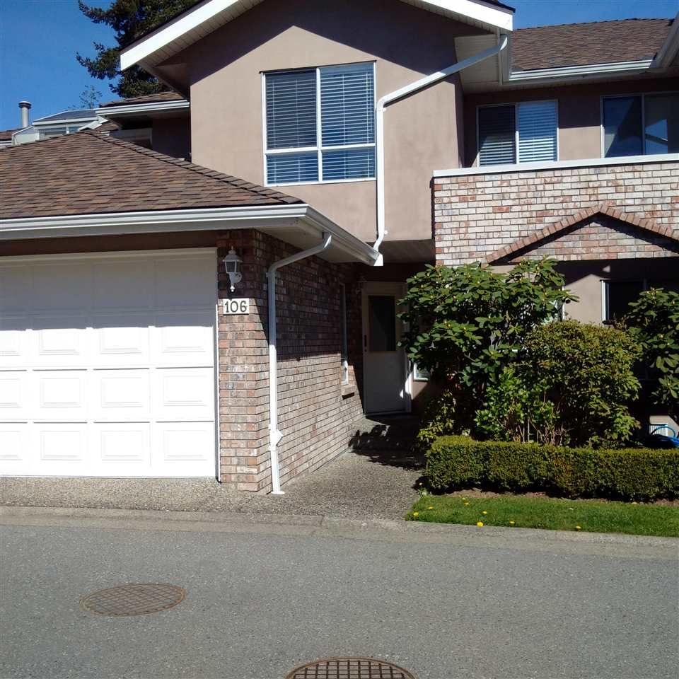 """Main Photo: 106 15550 26 Avenue in Surrey: King George Corridor Townhouse for sale in """"SUNNYSIDE GATE"""" (South Surrey White Rock)  : MLS®# R2053009"""