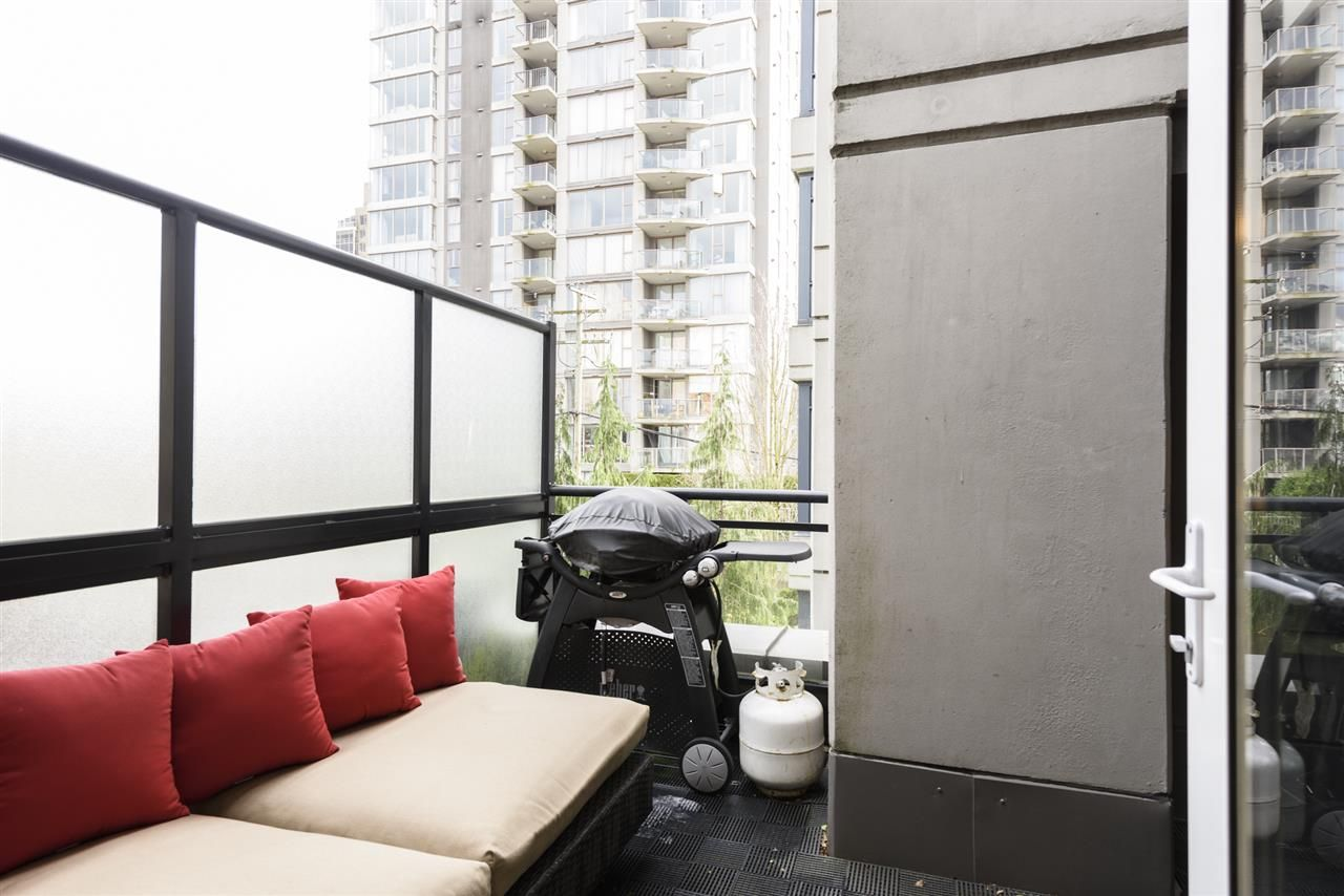 Photo 22: Photos: 1644 W 7TH AVENUE in Vancouver: Fairview VW Townhouse for sale (Vancouver West)  : MLS®# R2543861