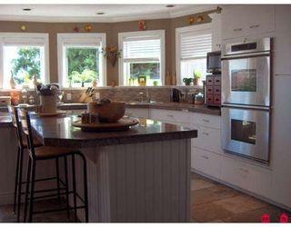 Photo 9: 15381 VICTORIA Avenue in White_Rock: White Rock House for sale (South Surrey White Rock)  : MLS®# F2829868
