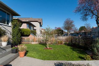 Photo 4: 3015 East 26th Avenue in Vancouver: Home for sale : MLS®# V944068