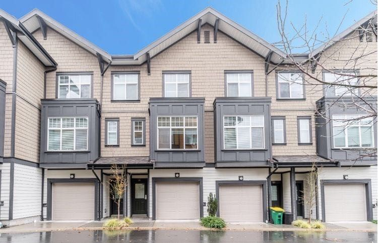 """Main Photo: 28 6088 BERESFORD Street in Burnaby: Metrotown Townhouse for sale in """"Highland Park"""" (Burnaby South)  : MLS®# R2515784"""