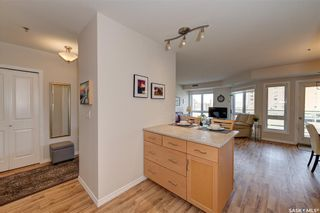 Photo 6: 605 902 Spadina Crescent East in Saskatoon: Central Business District Residential for sale : MLS®# SK846798