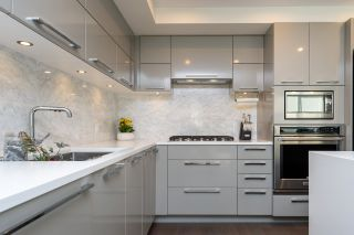 """Photo 8: 307 1160 OXFORD Street: White Rock Condo for sale in """"NEWPORT AT WESTBEACH"""" (South Surrey White Rock)  : MLS®# R2548964"""