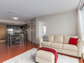 """Photo 8: 3107 1199 SEYMOUR Street in Vancouver: Downtown VW Condo for sale in """"THE BRAVA"""" (Vancouver West)  : MLS®# R2305420"""