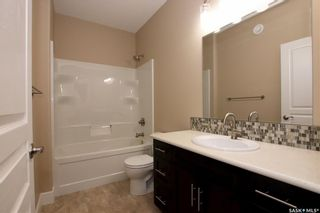 Photo 21: 825 Hamilton Drive in Swift Current: Highland Residential for sale : MLS®# SK834024