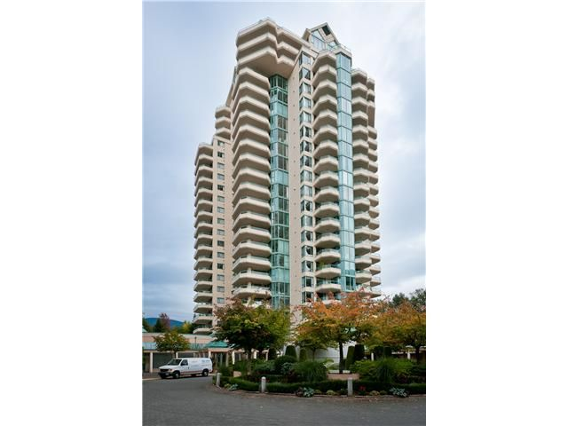 "Main Photo: # 10D 338 TAYLOR WY in West Vancouver: Park Royal Condo for sale in ""WESTROYAL"" : MLS®# V998601"