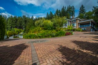 """Photo 3: 255 ALPINE Drive: Anmore House for sale in """"ANMORE ESTATES"""" (Port Moody)  : MLS®# R2602462"""
