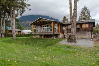 "Photo 19: 36072 SHORE Road in Mission: Dewdney Deroche House for sale in ""Hatzic Lake"" : MLS®# R2321298"