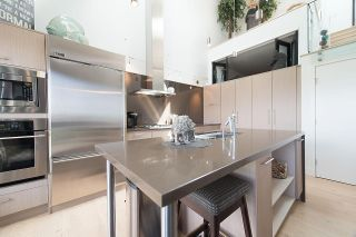 """Photo 11: 401 220 SALTER Street in New Westminster: Queensborough Condo for sale in """"GLASSHOUSE LOFTS"""" : MLS®# R2159431"""