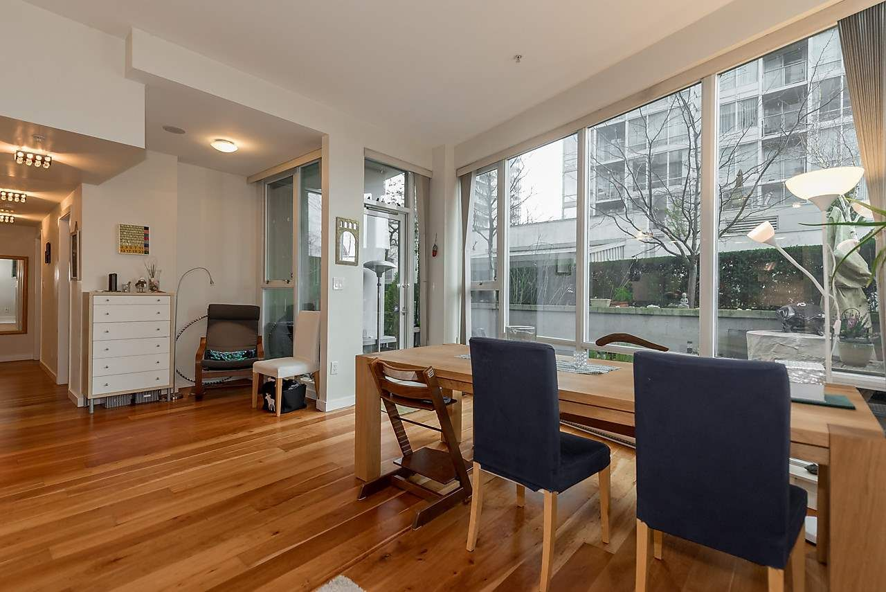 Photo 5: Photos: 101 550 PACIFIC STREET in Vancouver: Yaletown Condo for sale (Vancouver West)  : MLS®# R2135821