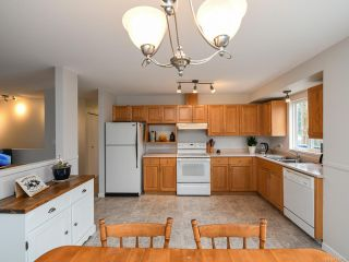 Photo 11: 2800 Windermere Ave in CUMBERLAND: CV Cumberland House for sale (Comox Valley)  : MLS®# 829726