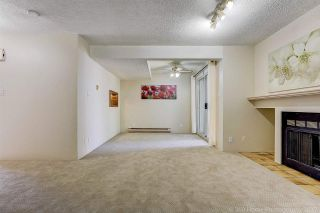 """Photo 4: 3475 WEYMOOR Place in Vancouver: Champlain Heights Townhouse for sale in """"MOORPARK"""" (Vancouver East)  : MLS®# R2221889"""