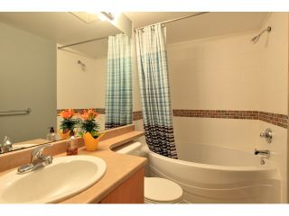 Photo 9: Townhouse for sale in North Vancouver