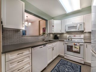 """Photo 3: 107 2628 ASH Street in Vancouver: Fairview VW Condo for sale in """"Cambridge Gardens"""" (Vancouver West)  : MLS®# R2626002"""