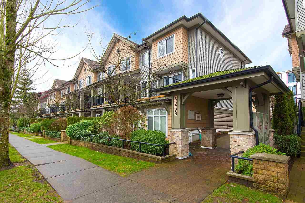 """Main Photo: 205 4238 ALBERT Street in Burnaby: Vancouver Heights Townhouse for sale in """"VILLAGIO ON THE HEIGHTS"""" (Burnaby North)  : MLS®# R2332069"""