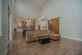 Photo 7: 6763 WILTSHIRE Street in Sardis: Sardis West Vedder Rd House for sale : MLS®# R2482514