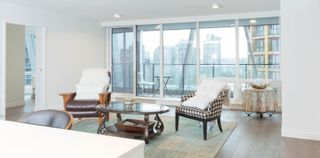 Photo 3: 1304 1111 RICHARDS Street in Vancouver: Yaletown Condo for sale (Vancouver West)  : MLS®# R2625430