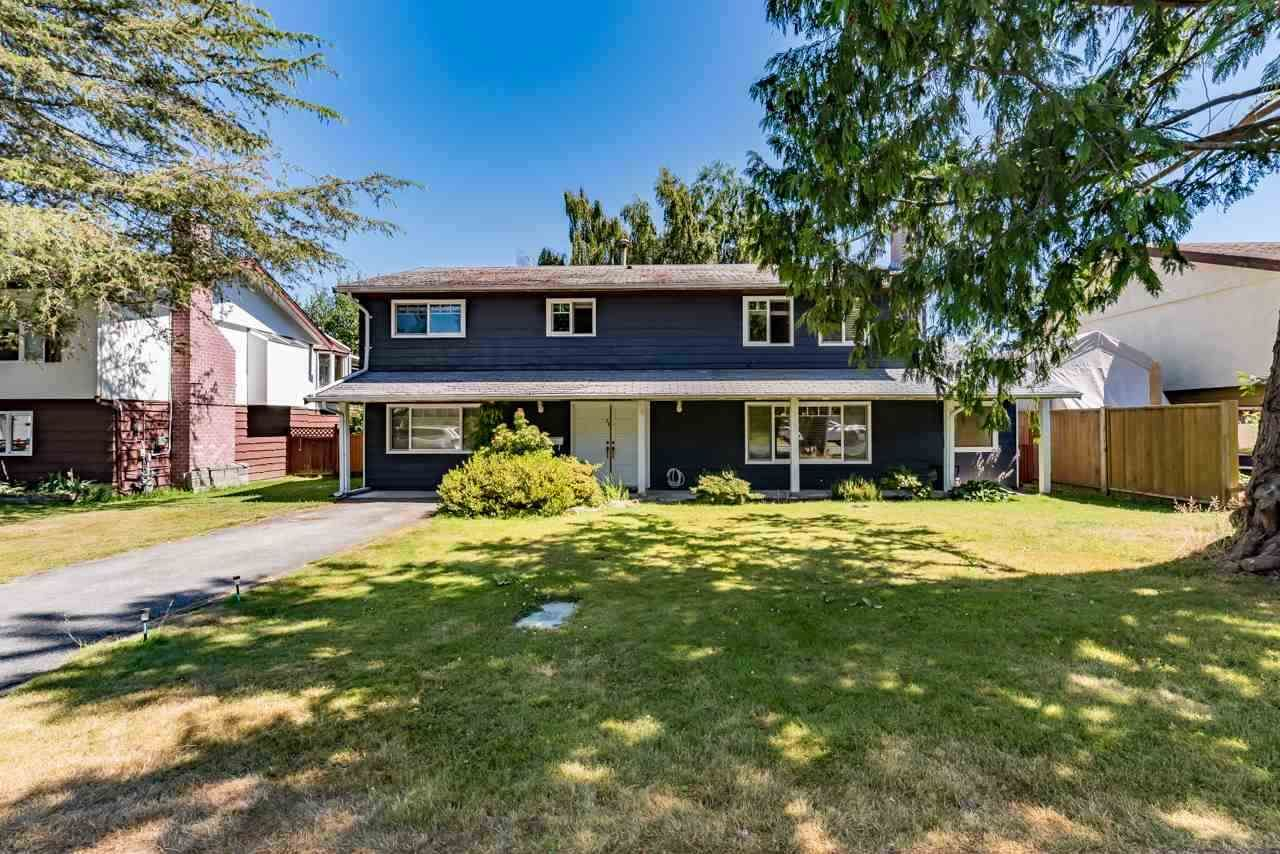 Main Photo: 34 53 STREET in Tsawwassen: Pebble Hill House for sale ()  : MLS®# R2422575