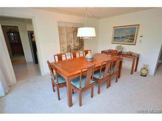 Photo 10: 302 1370 Beach Dr in VICTORIA: OB South Oak Bay Condo for sale (Oak Bay)  : MLS®# 614239