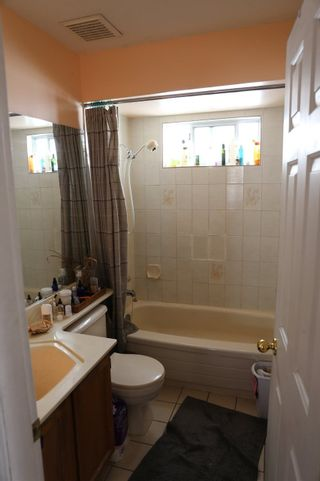 """Photo 16: 4499 NANAIMO Street in Vancouver: Victoria VE House for sale in """"ZONED FOR DUPLEX"""" (Vancouver East)  : MLS®# R2412448"""