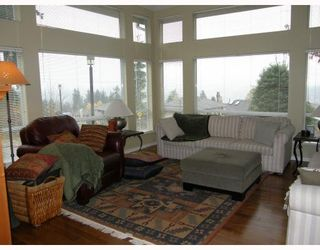 """Photo 3: 20 181 RAVINE Drive in Port_Moody: Heritage Mountain Townhouse for sale in """"THE VIEWPOINT"""" (Port Moody)  : MLS®# V741750"""