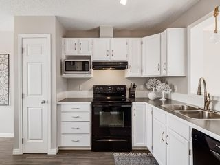 Photo 7: 133 COPPERFIELD Lane SE in Calgary: Copperfield Row/Townhouse for sale : MLS®# C4236105