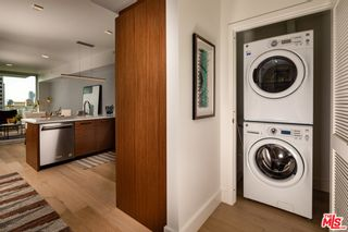 Photo 5: 427 W 5th Street Unit 2401 in Los Angeles: Residential Lease for sale (C42 - Downtown L.A.)  : MLS®# 21782876