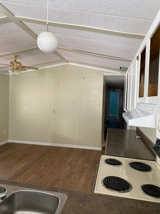 Photo 3: 137 1000 INVERNESS Road in Prince George: Aberdeen PG Manufactured Home for sale (PG City North (Zone 73))  : MLS®# R2554422
