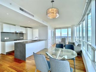 """Photo 17: 2102 8555 GRANVILLE Street in Vancouver: S.W. Marine Condo for sale in """"Granville @ 70TH"""" (Vancouver West)  : MLS®# R2543146"""