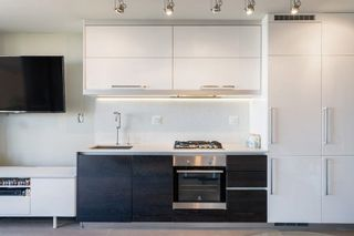 Photo 12: 910 189 KEEFER Street in Vancouver: Downtown VE Condo for sale (Vancouver East)  : MLS®# R2590148