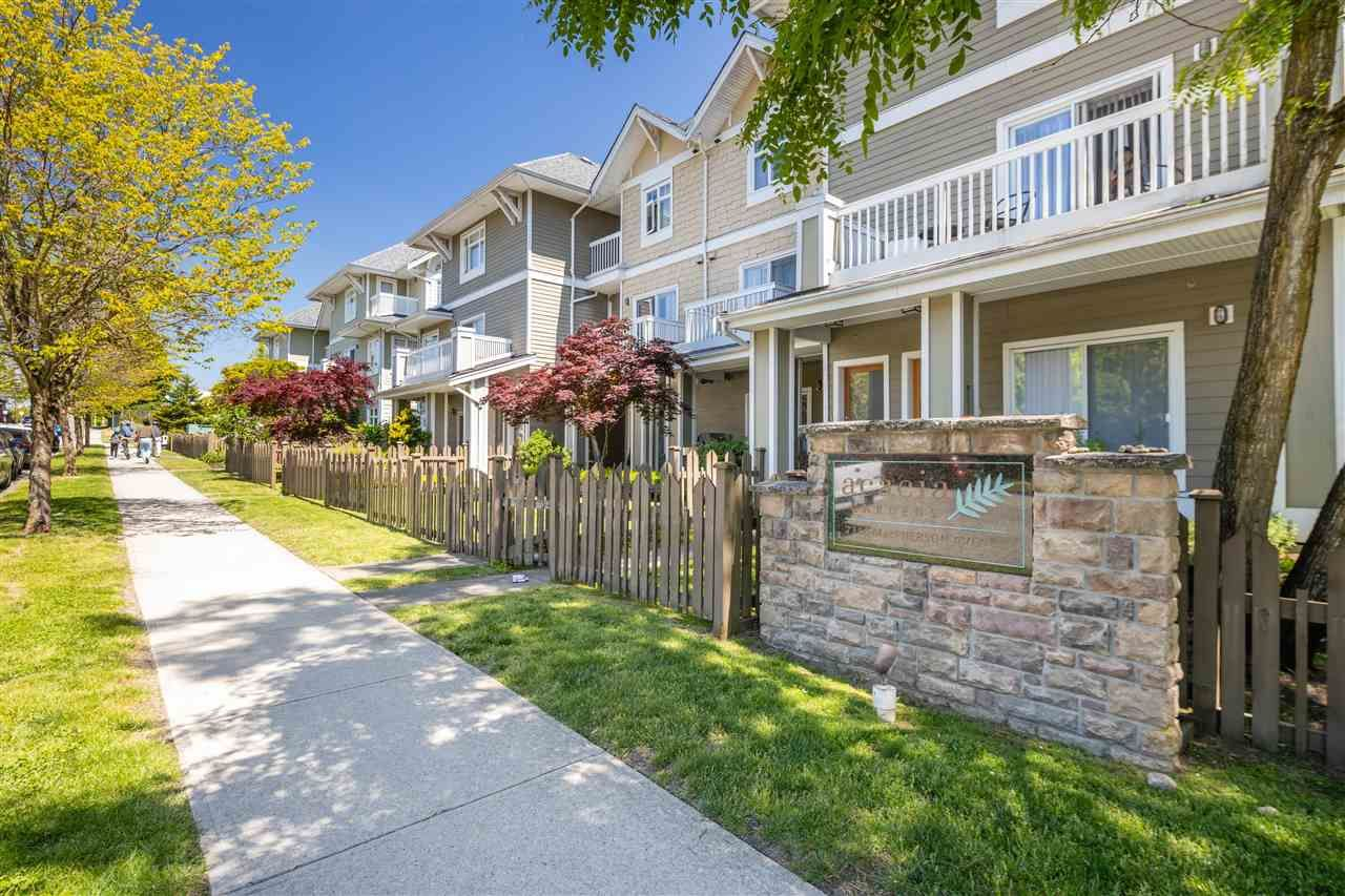Main Photo: 129 7388 MACPHERSON AVENUE in Burnaby: Metrotown Townhouse for sale (Burnaby South)  : MLS®# R2584883