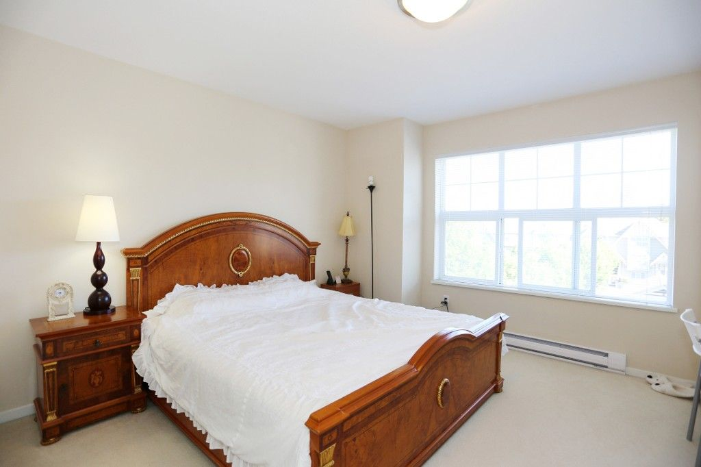 """Photo 10: Photos: 82 8089 209 Street in Langley: Willoughby Heights Townhouse for sale in """"Arborel Park"""" : MLS®# R2067787"""