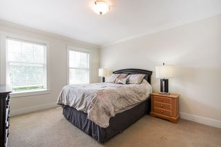 """Photo 11: 21125 80 Avenue in Langley: Willoughby Heights Condo for sale in """"Yorkson"""" : MLS®# R2394330"""
