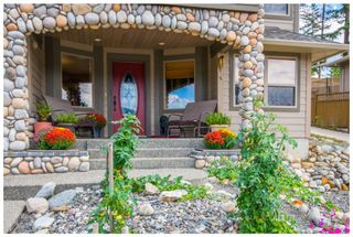 Photo 3: 1720 Northeast 24 Street in Salmon Arm: Lakeview Meadows House for sale (NE Salmon Arm)  : MLS®# 10105842
