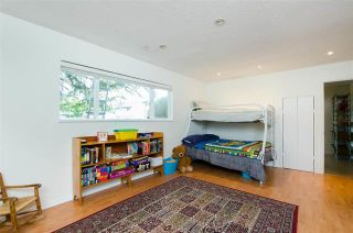 Photo 10: 4885 44 Avenue in Ladner: Ladner Elementary House for sale : MLS®# r2463775