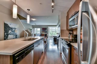 """Photo 10: 211 2110 ROWLAND Street in Port Coquitlam: Central Pt Coquitlam Townhouse for sale in """"AVIVA ON THE PARK"""" : MLS®# R2094344"""