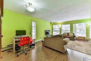 "Photo 5: 15412 94 Avenue in Surrey: Fleetwood Tynehead House for sale in ""BERKSHIRE PARK"" : MLS®# R2239451"