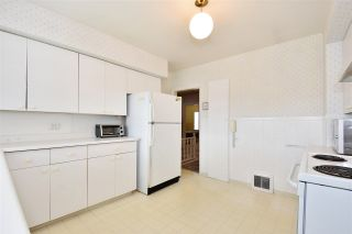 Photo 9: 1658 W 58TH Avenue in Vancouver: South Granville House for sale (Vancouver West)  : MLS®# R2262865