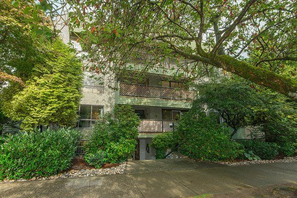 Main Photo: 304 1717 HARO STREET in : West End VW Condo for sale : MLS®# R2105726