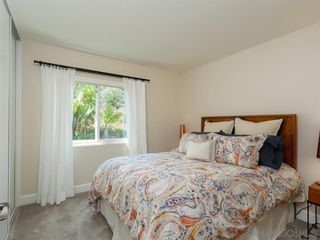 Photo 16: RANCHO PENASQUITOS House for sale : 4 bedrooms : 8955 Rotherham Ave in San Diego