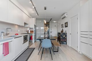 """Photo 2: 404 2141 E HASTINGS Street in Vancouver: Hastings Condo for sale in """"THE OXFORD"""" (Vancouver East)  : MLS®# R2579548"""