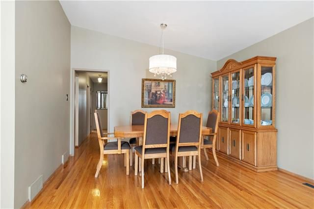 Photo 6: Photos: 26 Watercress Road in Winnipeg: Southdale Residential for sale (2H)  : MLS®# 1905184