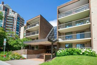 Main Photo: 103 220 26 Avenue SW in Calgary: Mission Apartment for sale : MLS®# A1132117