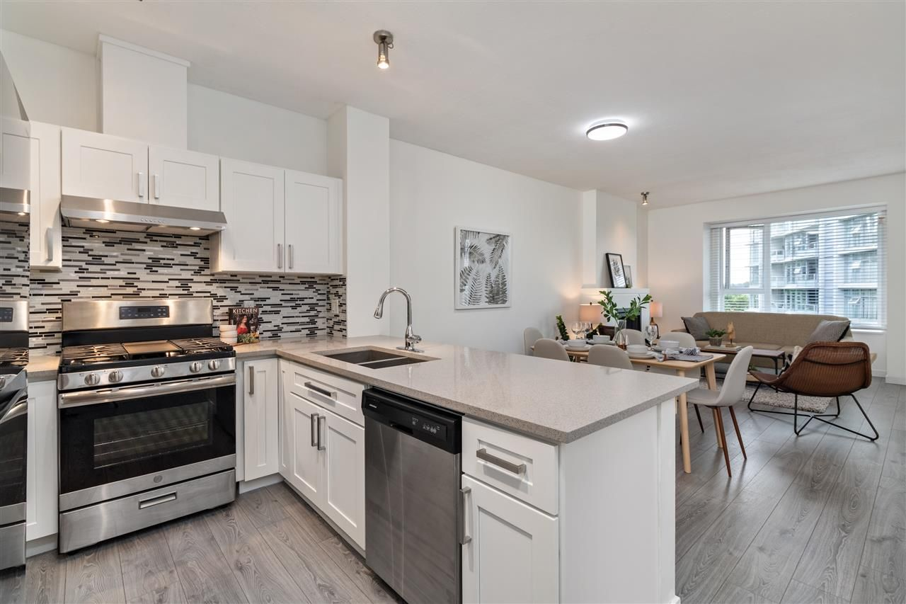 """Main Photo: 411 4783 DAWSON Street in Burnaby: Brentwood Park Condo for sale in """"COLLAGE"""" (Burnaby North)  : MLS®# R2480610"""