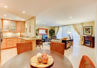 Photo 2: LA JOLLA Condo for sale : 2 bedrooms : 6333 LA JOLLA BLVD #179